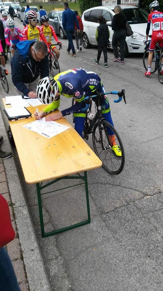 foglio firma per Christian Giusti a Vittorio Veneto, il 27/04/16